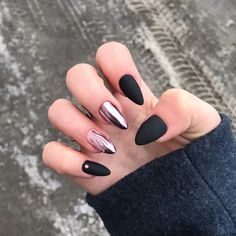 Top 20 Birthday Nails Have you got a birthday coming up? If you're looking for cute nail colors and nail designs, Check out our list of top 30 birthday nails that are party-ready! Cute Acrylic Nails, Acrylic Nail Designs, Chrome Nails Designs, Matte Nail Art, Hair And Nails, My Nails, Long Nails, Autumn Nails, Birthday Nails