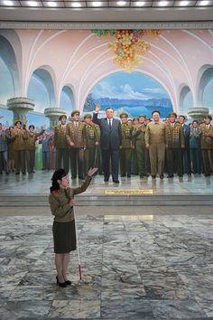 The Pyongyang architecture tour visits the metro museum.