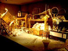 Primer tesoro encontrado en la tumba de tutankhamun