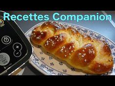 Voici ma recette en vidéo de brioche tressée au Companion avec une mie vraiment filante, facile à faire très bonne ! Les gourmets vont adorer, c'est certain ! Préparation : Installer le pétrisseur concasseur. Ajouter le lait, la levure et le sucre et la fleur d'oranger (facultatif). Lancer Vitesse 3 - 40° - 5 minutes... Brioche Companion, Baguette Express, Beignets, Hot Dog Buns, Biscuits, French Toast, Food And Drink, Bread, Cooking