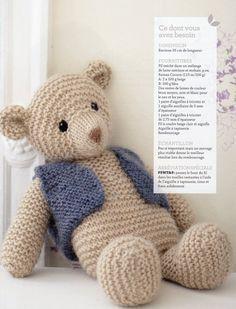 Un doudou ours pour Noël - CréaChiffon , - Knitting Projects Knitted Teddy Bear, Crochet Bear, Crochet Baby Hats, Cute Crochet, Crochet Toys, Teddy Bears, Knitting For Kids, Free Knitting, Knitting Projects