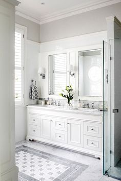 gray white marble bathroom with tile inlay