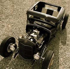 #ratRod would be a lot cooler if it had tubbed tires :)