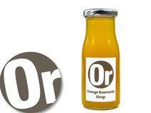 Sirup Orange-Rosmarin, fruchtiger Sirup von si&rup.  Sirup fruchtig frisch In unserem Sirup aus Orangen und Rosmarin bildet eine fruchtige Orangennote die Grundlage. Der Rosmarin bildet dazu eine überaschend würzigen Akzent. Nur natürliche Zutaten, keine Farb- oder Aromastoffe. Vegan.