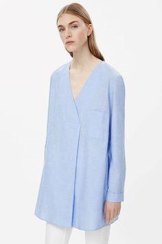 Long oversize v-neck top