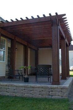 Love this Pergola! We have to redo the stairs anyway hubby @Justin Dupuis