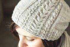 Ravelry: Tupelo Slouch pattern by Sara Gresbach