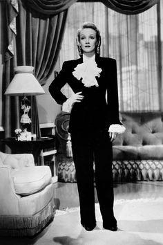Marlene Dietrich - HarpersBAZAAR.com
