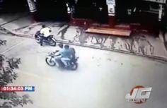Cámara capta ladrones en el momento que asaltan un productor y le entran a tiros en SFM