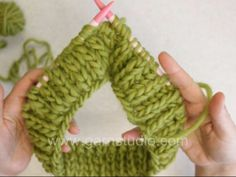 DROPS Knitting Tutorial: How to knit Fishermans rib in the round