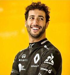 Ricciardo F1, Daniel Ricciardo, Ricky Bobby, Honey Badger, Thing 1, Michael Schumacher, Attractive Guys, F1 Drivers, Fighter Pilot