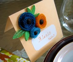 DIY yarn & quilled paper card. Love the leaves in this one!