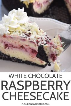 Make Olive Garden's white chocolate raspberry cheesecake at home Who doesn't love a decadent homemade dessert with a raspberry swirl and Oreo cookie crust flouronmyfingers cheesecake OliveGarden copycatrecipes dessertrecipes is part of Cheesecake - Cheesecake Desserts, Homemade Desserts, Köstliche Desserts, Delicious Desserts, Delicious Chocolate, Chocolate Cheesecake Recipes, Homemade Cheesecake, Cheesecake Factory Cakes, Healthy Cheesecake Recipes