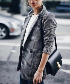 """Jill Lansky describes her style as """"where Euro Chic meets West Coast."""" Jill Lansky describes her style as """"where Euro Chic meets West Coast. Outfits Casual, Dinner Outfits, Blazer Outfits, Mode Outfits, Fashion Outfits, Workwear Fashion, Skirt Outfits, Fashion Clothes, Trendy Clothing"""