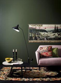 Deko, Styling Jenni Juurinen, Photo Jorma Marstio. Dark green wall.