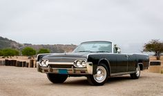 Experience Vintage Class with the Lincoln Continental - Photography by Sean Lorentzen