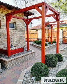 #előkert #gardendesigner #kert #garden #andezit #landscape #kertszépítő #tiszafa #gardener #kertépítés #bejarat #pergola #nyugalomszigete 🌿 Pergola, Land Scape, Outdoor Structures, Instagram, Outdoor Pergola