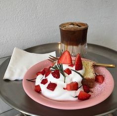 pinterest // @reflxctor strawberry desert n mokka