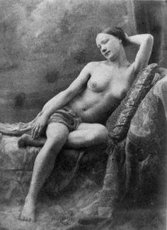 Photograph by Jean Louis Marie Eugène Durieu, part of a series made with Eugène Delacroix Eugène Delacroix, Romanticism Artists, Old Pictures, Vintage Images, Photo Art, Marie, Art Photography, Black And White, Nudes