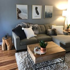 59 smart small apartment living room decor ideas on a budget 46 Small Apartment Living, Cozy Living Rooms, Living Room Grey, Home Living Room, Living Room Ideas With Grey Couch, Small Living Room Ideas On A Budget, Living Room Sectional, Grey Room, Modern Sectional