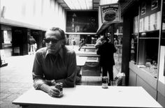 Charles Bukowski: «My Ambition Is Handicapped By My Laziness.»