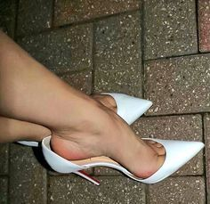 High heels , beauty, and fitness girls Hot Heels, Sexy Legs And Heels, Sexy High Heels, High Heel Pumps, High Heel Boots, Pumps Heels, Nylons Heels, Beautiful High Heels, Gorgeous Feet