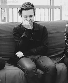 zach abels shouldn't be allowed to be this cute- the neighbourhood