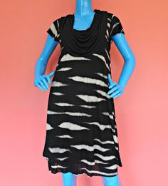 Kensie Animal Stripe Short Dress M 8 10 12 Layered Roomy A-Line Scoop Neck Work #Kensie #Causal #Casual