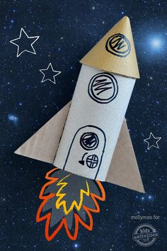 Make your own rocket from a toilet paper roll! This is amazing and your kids will love it.