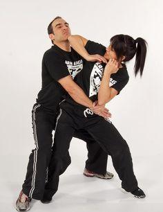 Self Defense Women, Self Defense Tips, Self Defense Techniques, Female Martial Artists, Martial Arts Women, Israeli Krav Maga, Krav Maga Self Defense, Close Quarters Combat, Learn Krav Maga