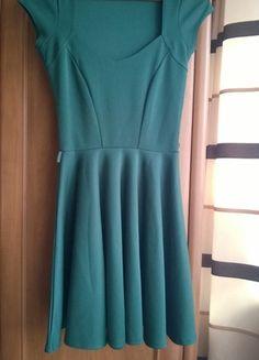 Kup mój przedmiot na #vintedpl http://www.vinted.pl/damska-odziez/krotkie-sukienki/9108836-piekna-sukienka-letnia-szyta-z-kola-butelkowa-zielen