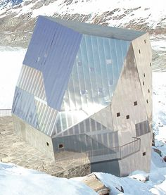 Contemporary and Sustainable Mountain Hut For Monte Rosa