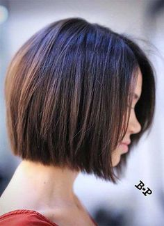 Shaggy Medium Length Bob - 60 Messy Bob Hairstyles for Your Trendy Casual Looks - The Trending Hairstyle Cute Bob Haircuts, Short Haircuts With Bangs, Bob Haircuts For Women, Layered Bob Hairstyles, Bob Hairstyles For Fine Hair, Undercut Hairstyles, Short Hairstyles For Women, Short Hair Cuts, Short Hair Styles