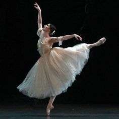 Alina Cojocaru in Giselle with ABT. Photo credit Andrea Mohin/New York Times.