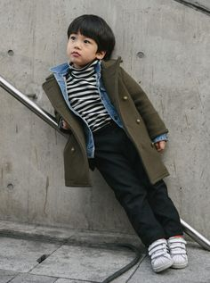 Best of Seoul Fashion Week Street Style Toddler Boy Fashion, Cute Kids Fashion, Little Boy Fashion, Cute Outfits For Kids, Seoul Fashion, Korean Fashion, Designer Baby Clothes, Asian Kids, Kids Suits