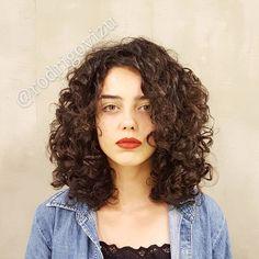 Haircut Curly Hair Medium Shoulder Length Curls New Ideas Mid Length Curly Hairstyles, Haircuts For Curly Hair, Pretty Hairstyles, 3a Hairstyles, 3a Curly Hair, Curly Hair Styles, Curly Girl, Girl Hair, Shoulder Length Curls