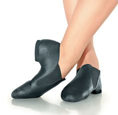 So Danca Slip-On Pre-Arched Leather Jazz Shoe - Child #DanceWearCorner