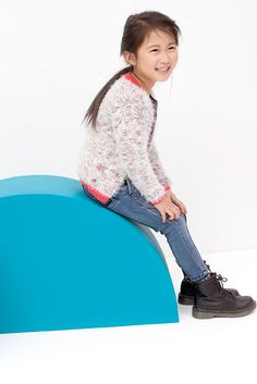 Mister Monkey and Misses Butterfly - baby- en kinderkleding - Lookbook - Inspiratie voor die schattige of stoere look | Mr Monkey & Mrs Butterfly - AW16 - Tumble 'n Dry - Girls - Colorful fluffy gilet with pink accent