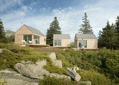 """Little House on the Ferry, Vinalhaven, Maine. GO Logic. """"Little House on the Ferry is a seasonal guesthouse comprised of three micro cabins connected by a web Nachhaltiges Design, Cabin Design, Logic Design, Tiny Cabins, Wooden Cabins, Ideas De Cabina, Timber Cabin, Timber House, Passive House"""