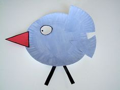Paper Plate Bird Craft For Summer! This simple and adorable