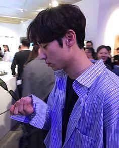 Instagram photo 2017-04-28 11:34:49 PROJEKT PRODUCT Pop-up Opening Party 이제훈 #이제훈 #leejehoon #イジェフン #李帝勳