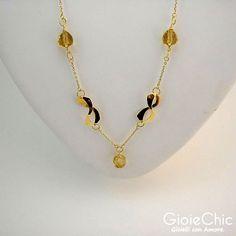 18Kt yellow gold with 3 lemon quartz necklace.  Details.  www.gioiechic.com