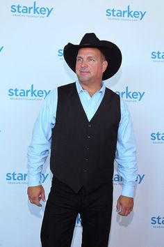 Garth Brooks Photos - Singer Garth Brooks attends the Starkey Hearing…