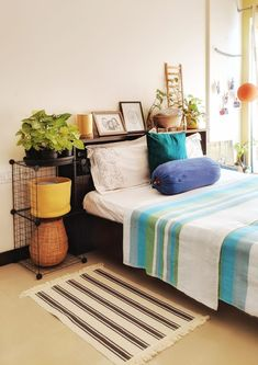 Home Tour: Jayati and Manali share their Home & the Science of Decorating – Th. - Home Tour: Jayati and Manali share their Home & the Science of Decorating – The Keybunch Decor Bl - Indian Room Decor, Indian Bedroom, Indian Living Rooms, Home Decor Furniture, Home Decor Bedroom, Living Room Decor, Bedding Decor, Bedding Sets, Indian Home Interior
