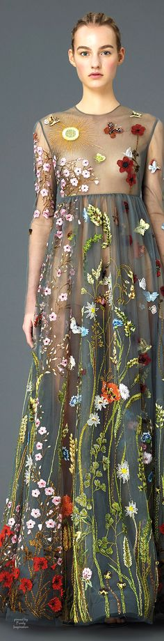 beautiful flower embroidery couture dress fit for frid kahlo gypsy romance Valentino High Fashion, Fashion Show, Womens Fashion, Fashion Trends, Space Fashion, 50 Fashion, Flower Fashion, Dress Fashion, Embroidery Dress