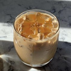 Best Iced Coffee, Coffee Love, Coffee Break, Morning Coffee, Aesthetic Coffee, Aesthetic Food, Starbucks Drinks, Coffee Drinks, Cinnamon Coffee