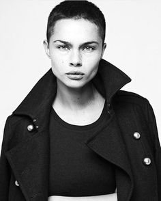 Respect Models represents Stasia S Androgynous Hair, Androgynous Fashion, Tomboy Fashion, Haircuts For Men, Men's Haircuts, Hairstyles, Face Photography, Portraits, Face Reference