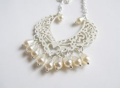 Pearl necklace, by romanticcrafts, $16.00