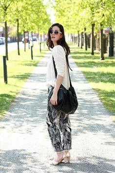 Palm Print Trousers, Light Knit Sweater