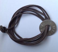 Stoere persoonlijke armband van zilver met de namen door MooiMaaike, €37.50